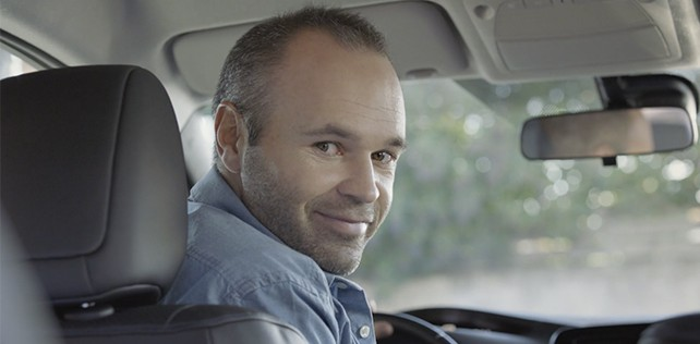 ANDRÉS INIESTA : NISSAN LEAF COSTE
